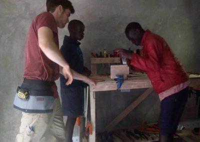 Uitbreiding meubelmakersopleiding in Kenia
