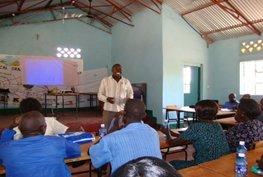 Apparatuur voor Anna Nanjala opleidingscentrum in Kenia