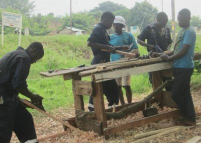 Uitbreiding timmermansopleiding in Oeganda