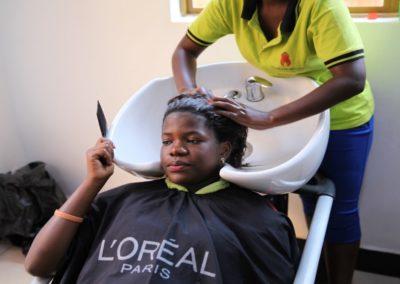 Trainingsmateriaal voor vakopleiding in Oeganda
