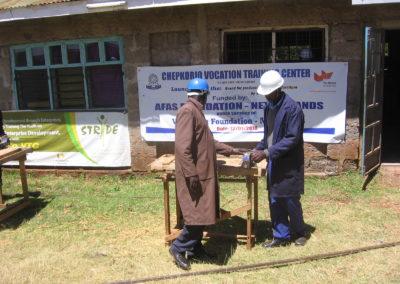 Schoolmeubilair voor ambachtsschool in Kenia